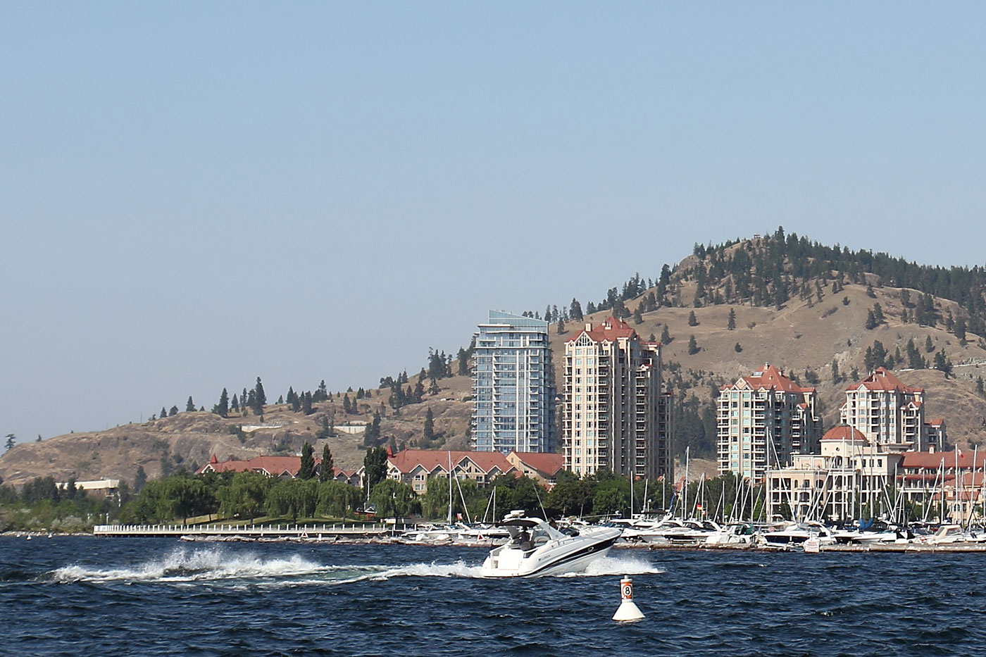 Rent a boat during your next trip to Kelowna and discover the Okanagan from a whole new viewpoint.