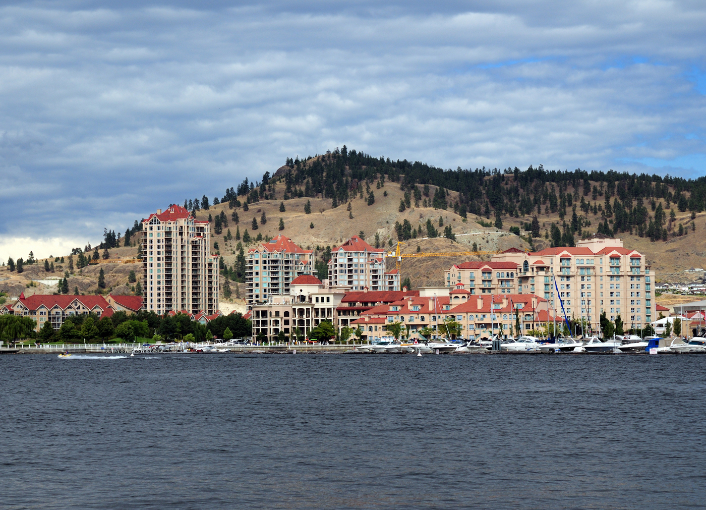 Explore Kelowna and Okanagan Lake by boat with a boat rental from Downtown Marina.